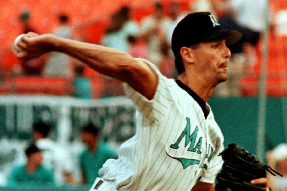 Florida Marlin's pitcher Kevin Brown throws a pitc