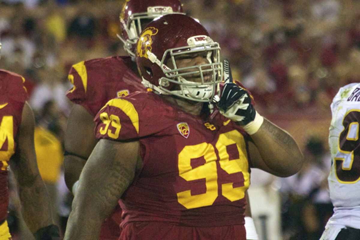 The Trojans will have Antwaun Woods available in the middle of the line.