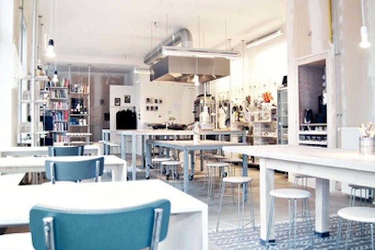 Amsterdam's <strong>De Culinaire Werkplaats</strong> Restaurant<br>