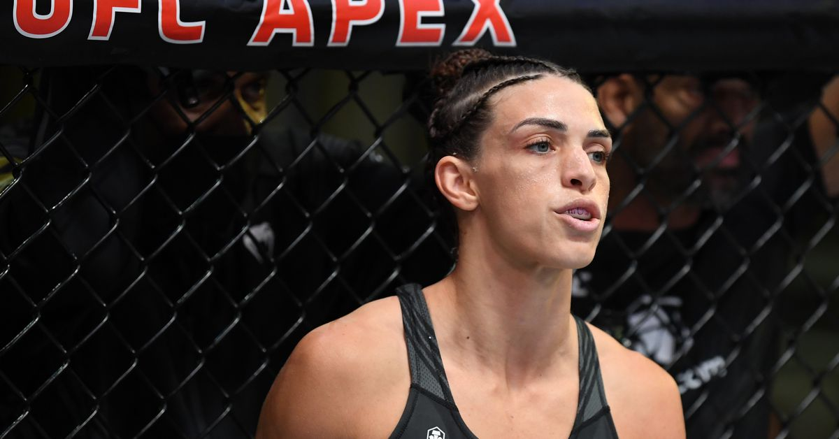Mackenzie Dern reacts to 'biggest learning experience,' UFC Vegas 39 loss to Marina Rodriguez thumbnail
