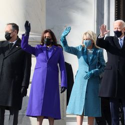 (L-R) Doug Emhoff, U.S. Vice President-elect Kamala Harris, Jill Biden and President-elect Joe Biden wave as they arrive on the East Front of the U.S. Capitol for the inauguration on January 20, 2021 in Washington, DC. During today's inauguration ceremony Joe Biden becomes the 46th president of the United States.