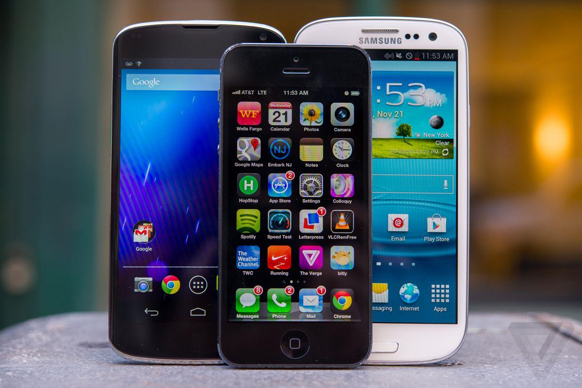 Smartphone buyer's guide fall 2012 hero