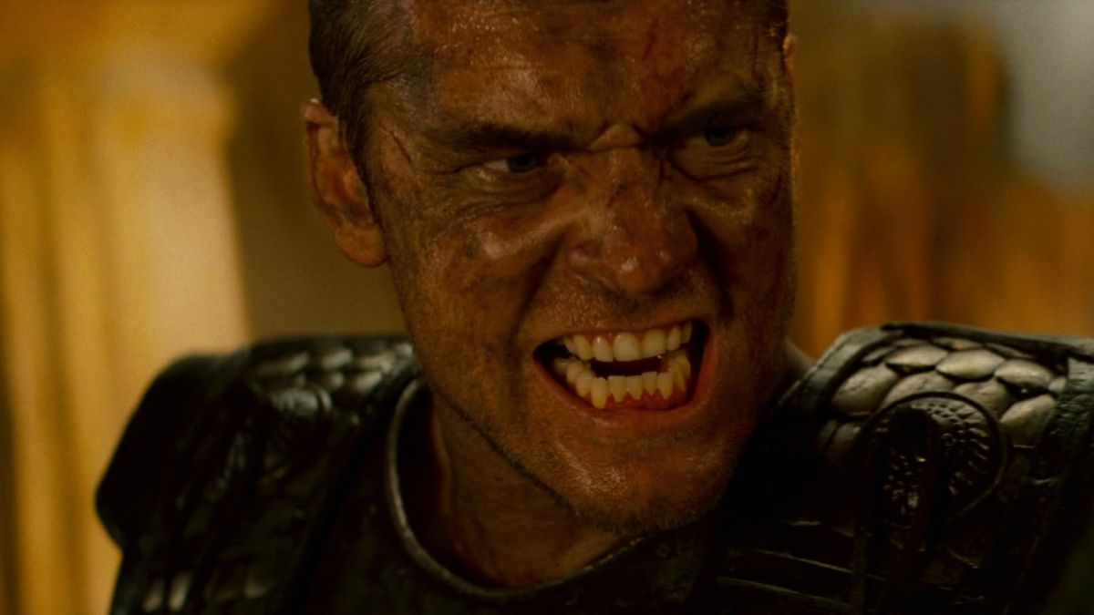 Sam Worthington barring his teeth as Perseus in Clash of the Titans