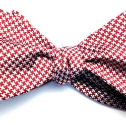 """Houndstooth bow tie, <a href=""""http://www.bullandmoose.com/products/houndstooth"""">$25</a>"""