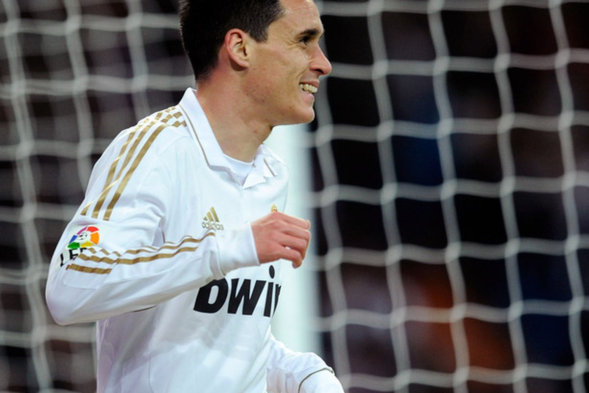 Jose Callejón could start tonight's game to give Cristiano Ronaldo some rest