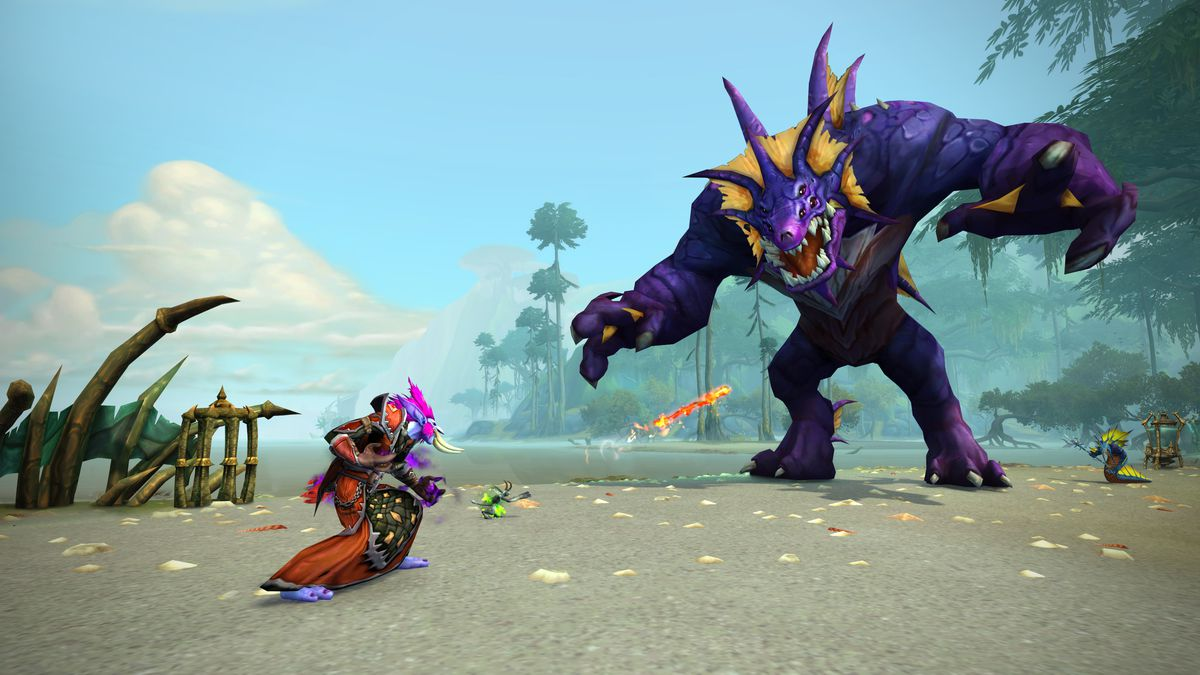 World of Warcraft - a troll tangles with a Naga