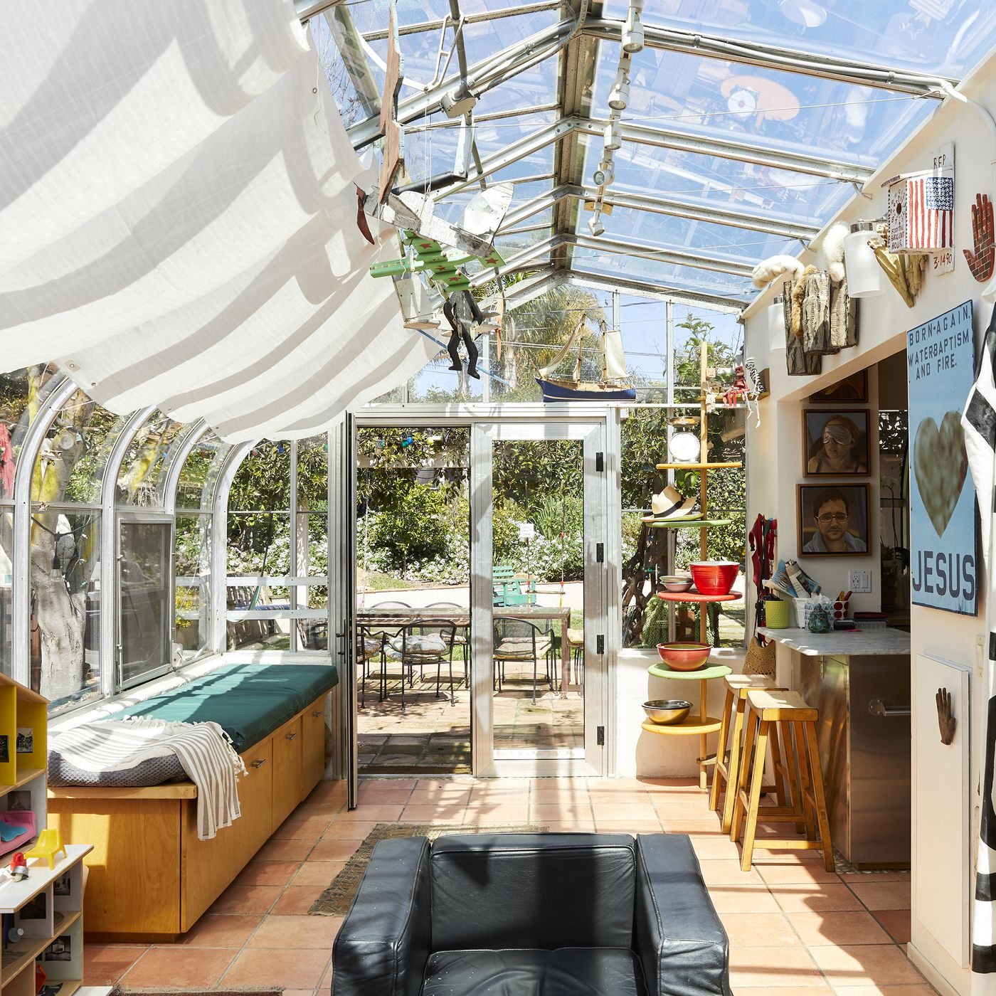Inside A 1950s Tract House Transformed Into A Colorful Sanctuary Curbed La