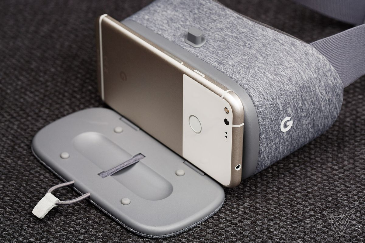 Google Daydream View review: mobile VR done mostly right