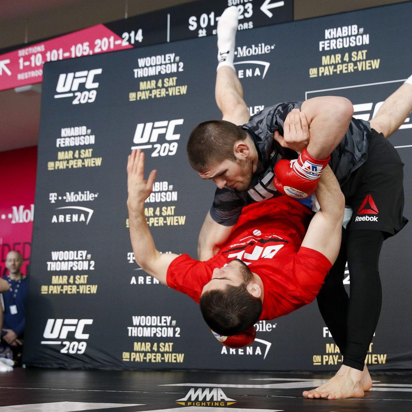 Dana White Khabib Nurmagomedov Vs Justin Gaethje Likely To Headline Abu Dhabi Card After Fight Island Mma Fighting