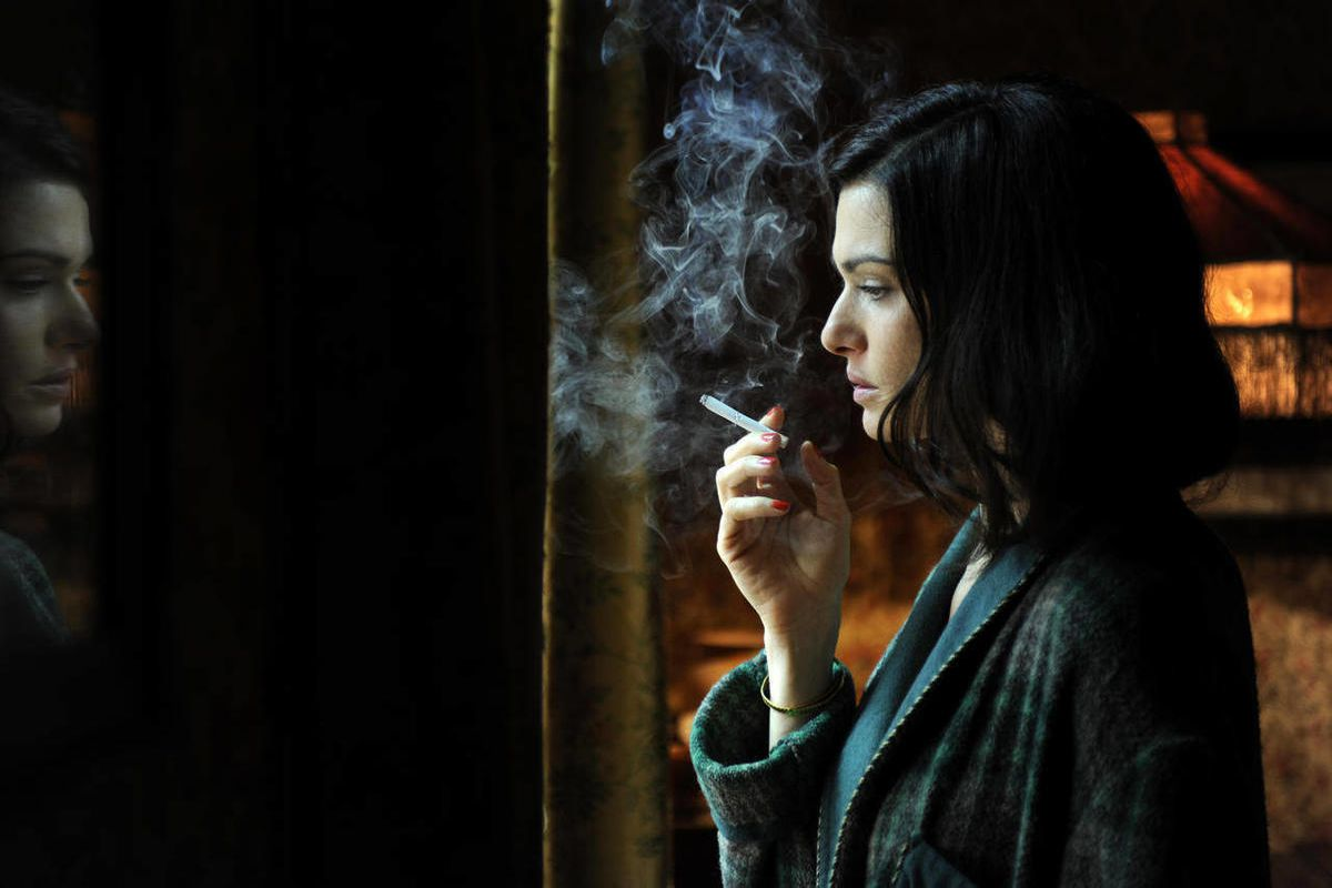 """In this film image released by Music Box Films, Rachel Weisz portrays Hester Collyer in a scene from """"The Deep Blue Sea."""""""