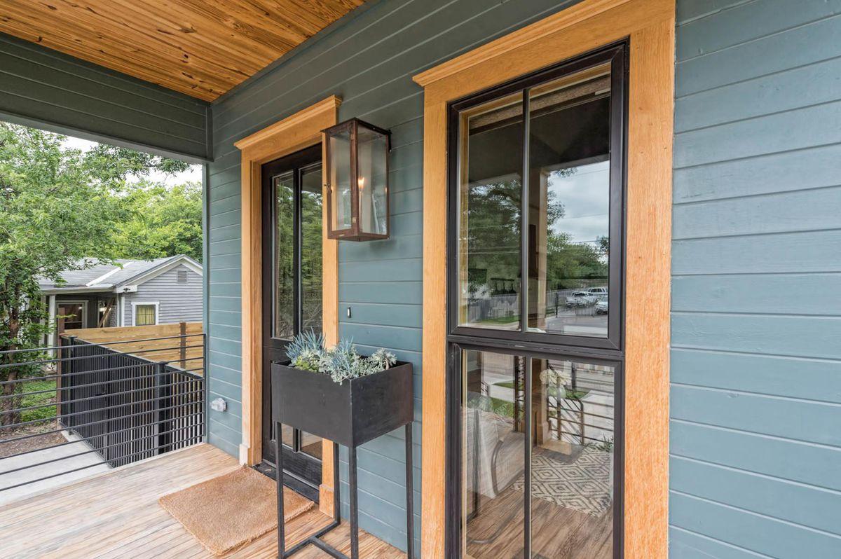 Fixer Upper's 'tiny house' wants nearly $1 million - Curbed