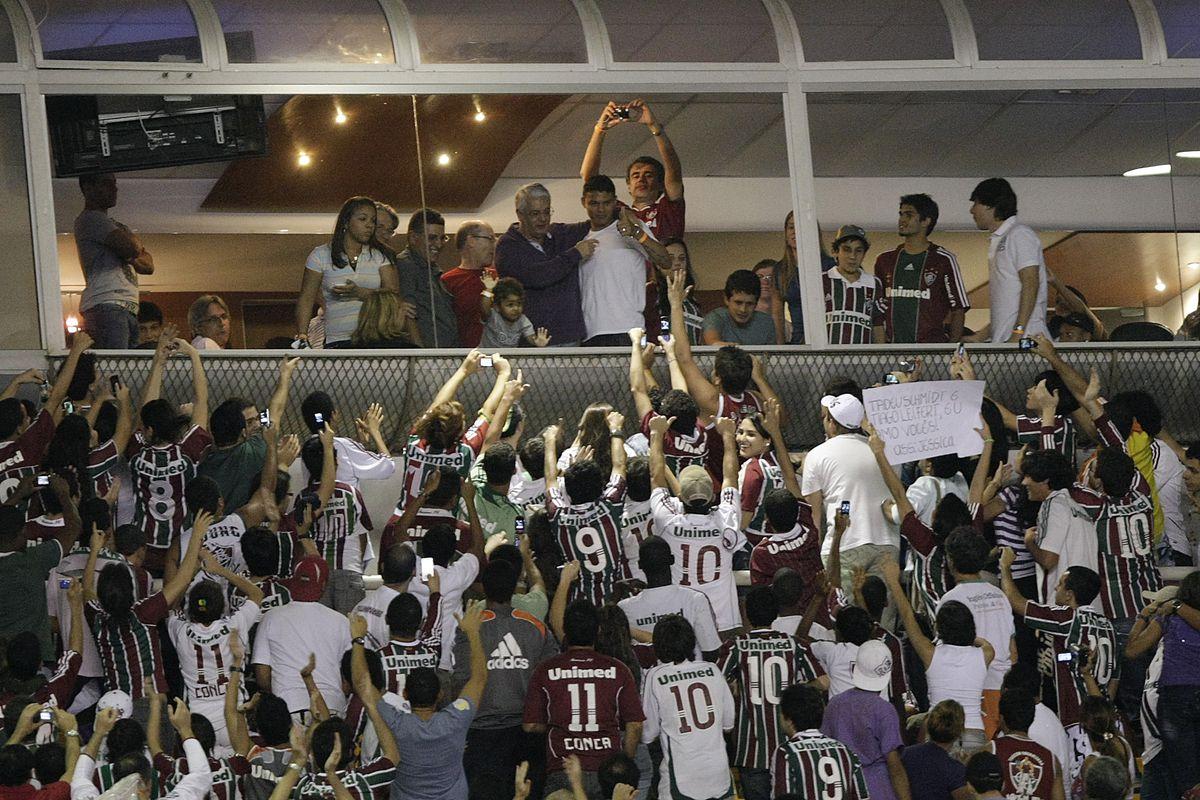 Fluminense v Cruzeiro - Brazilian Championship 2010