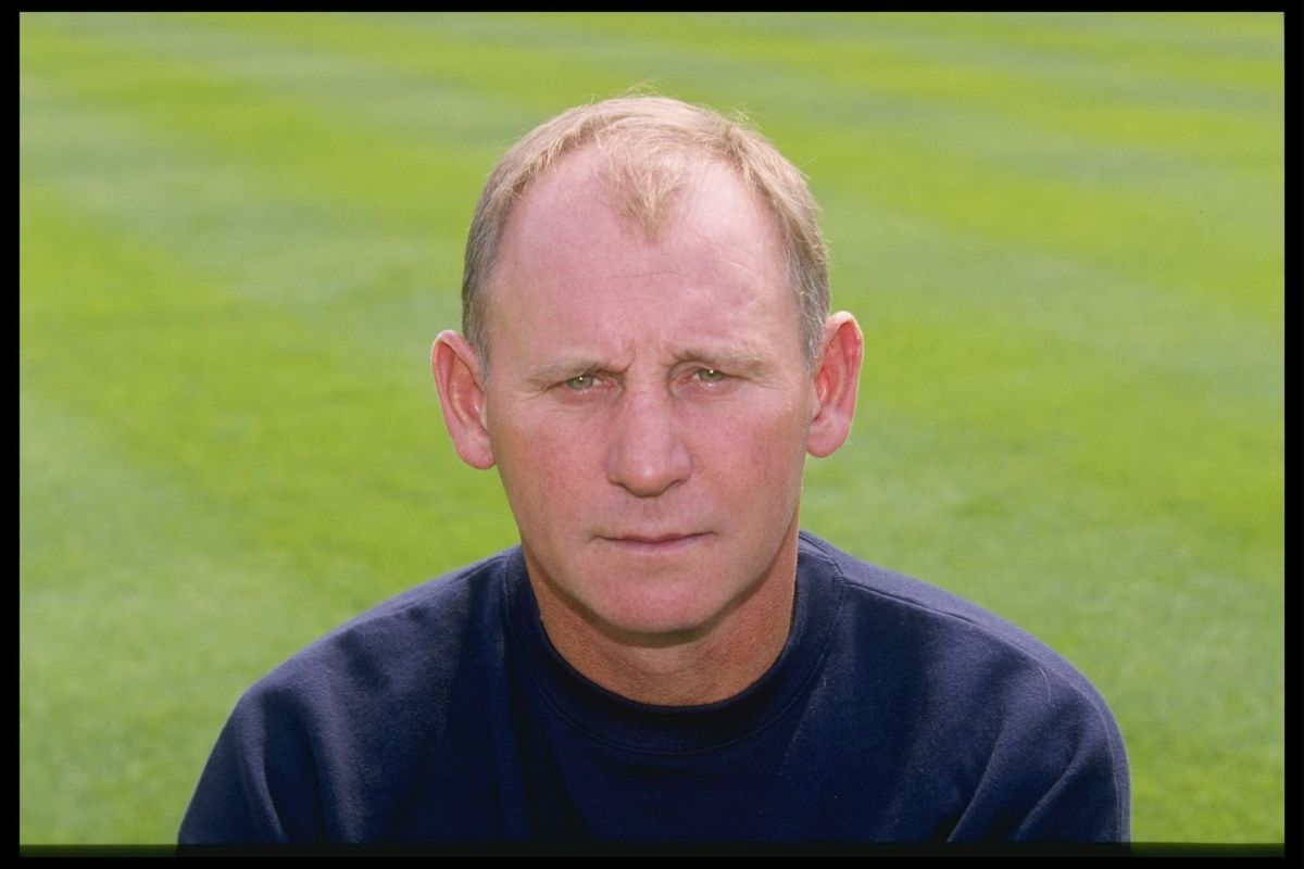A portrait of Denis Smith the manager of Oxford United