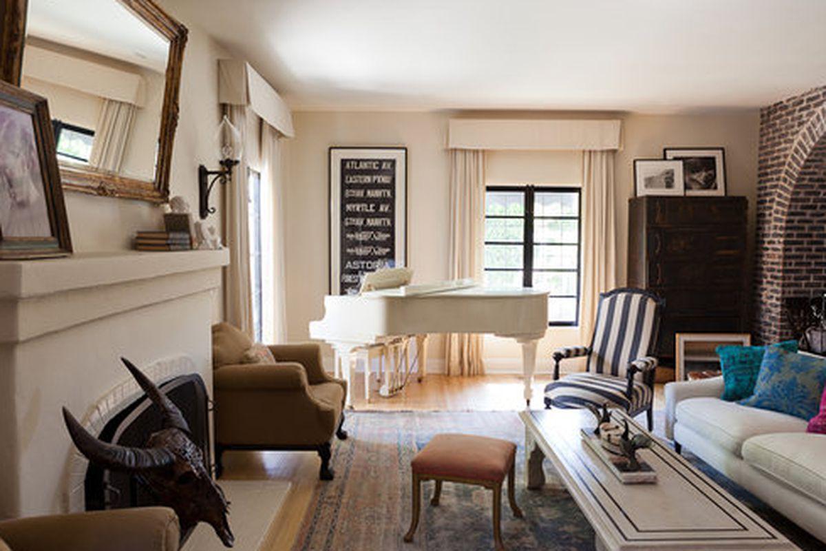 """Image via <a href=""""http://www.casasugar.com/HomeMint-Founder-House-Tour-28346081"""">CasaSugar</a>"""