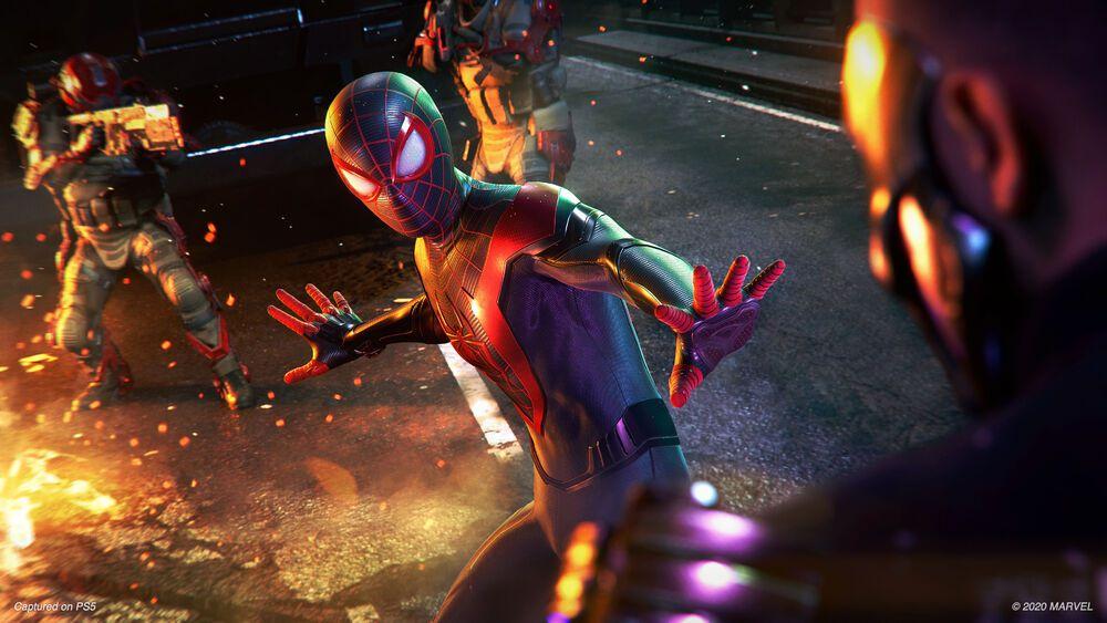 Miles stands between two groups of enemies in Spider-Man: Miles Morales