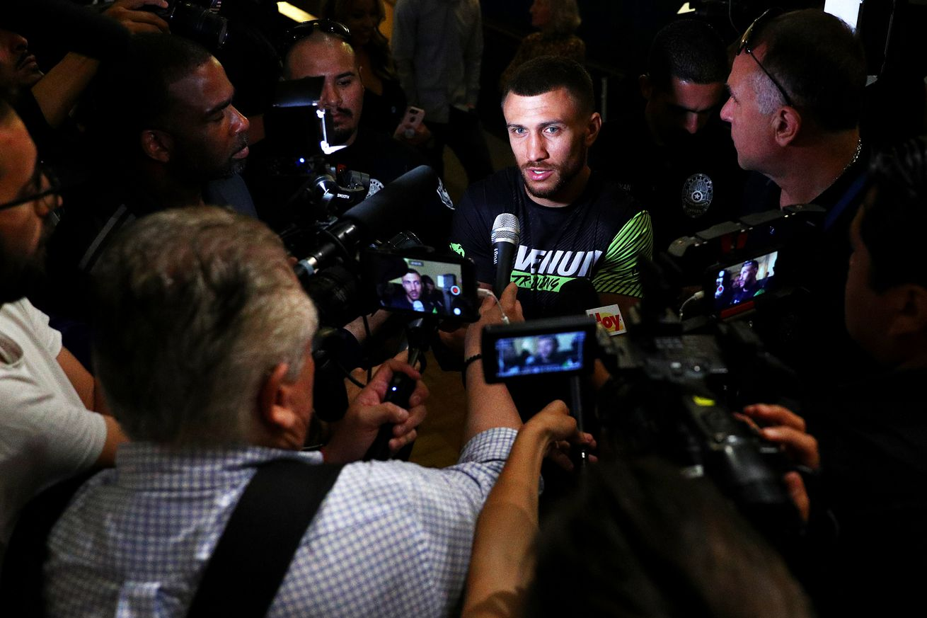 1141547892.jpg.0 - Lomachenko: I'm 100 percent healthy, taking Crolla seriously