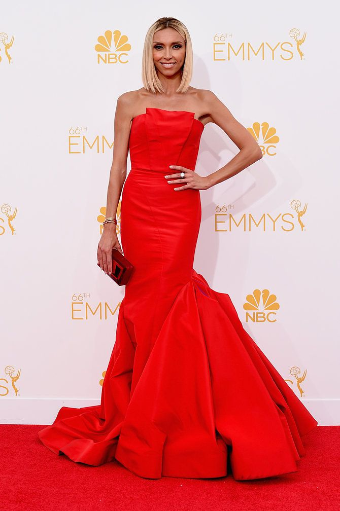 As Usual Giuliana Rancic Is The First One Dressed For Emmys Red Carpet Hostess Wearing A Strapless Mermaid Gown By Gustavo Cadile