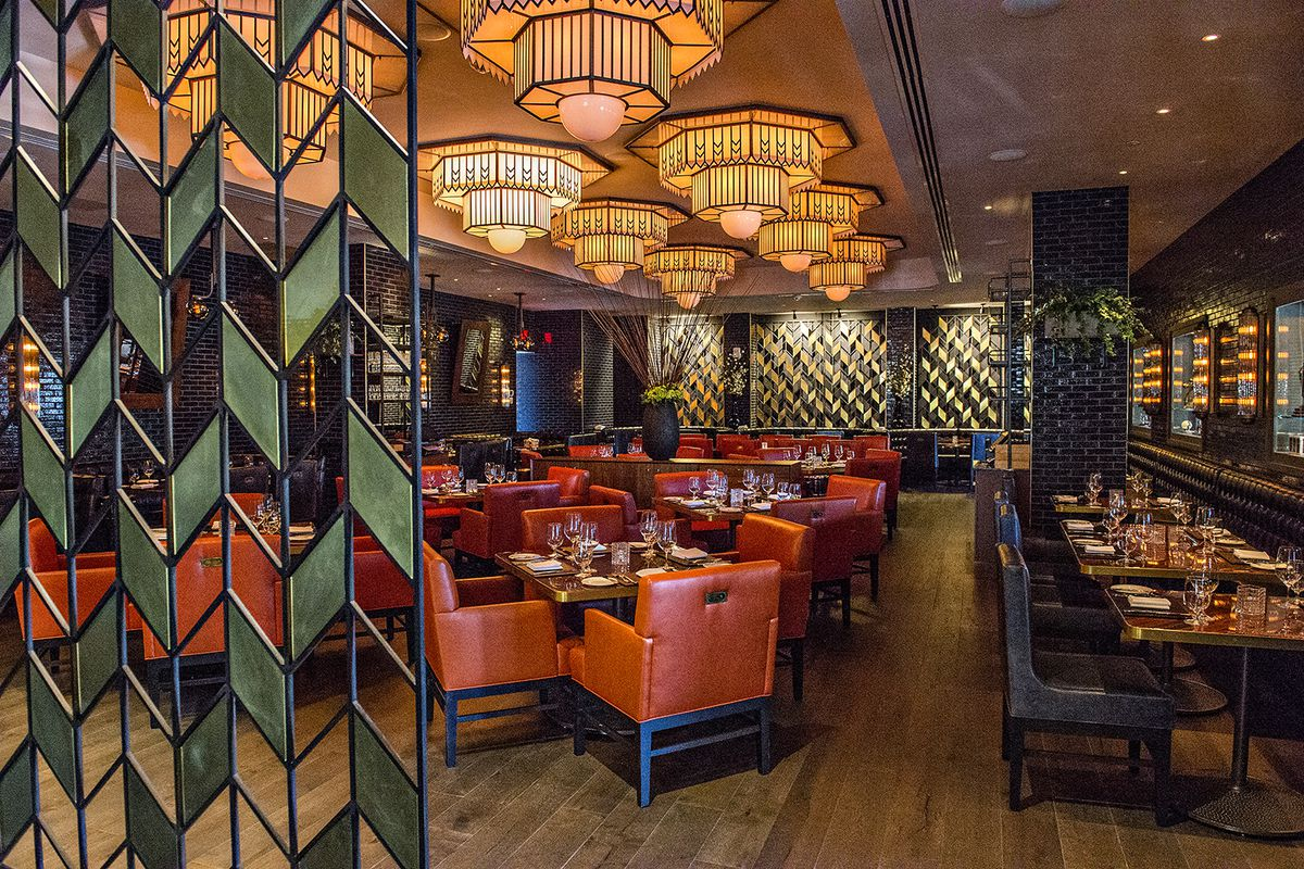 The glitzy dining room at American Cut.