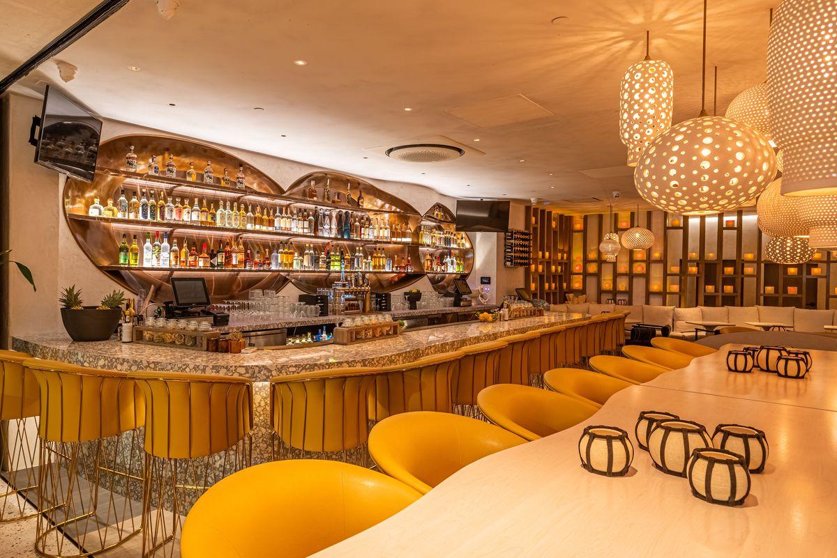 Esperanza's bar in Manhattan Beach, California