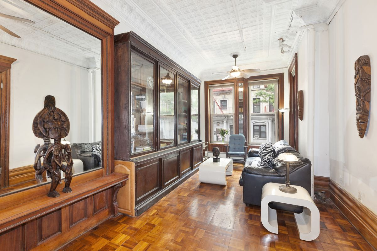 Harry Houdini S Harlem Townhouse Enters Contract At 3 6m Curbed Ny