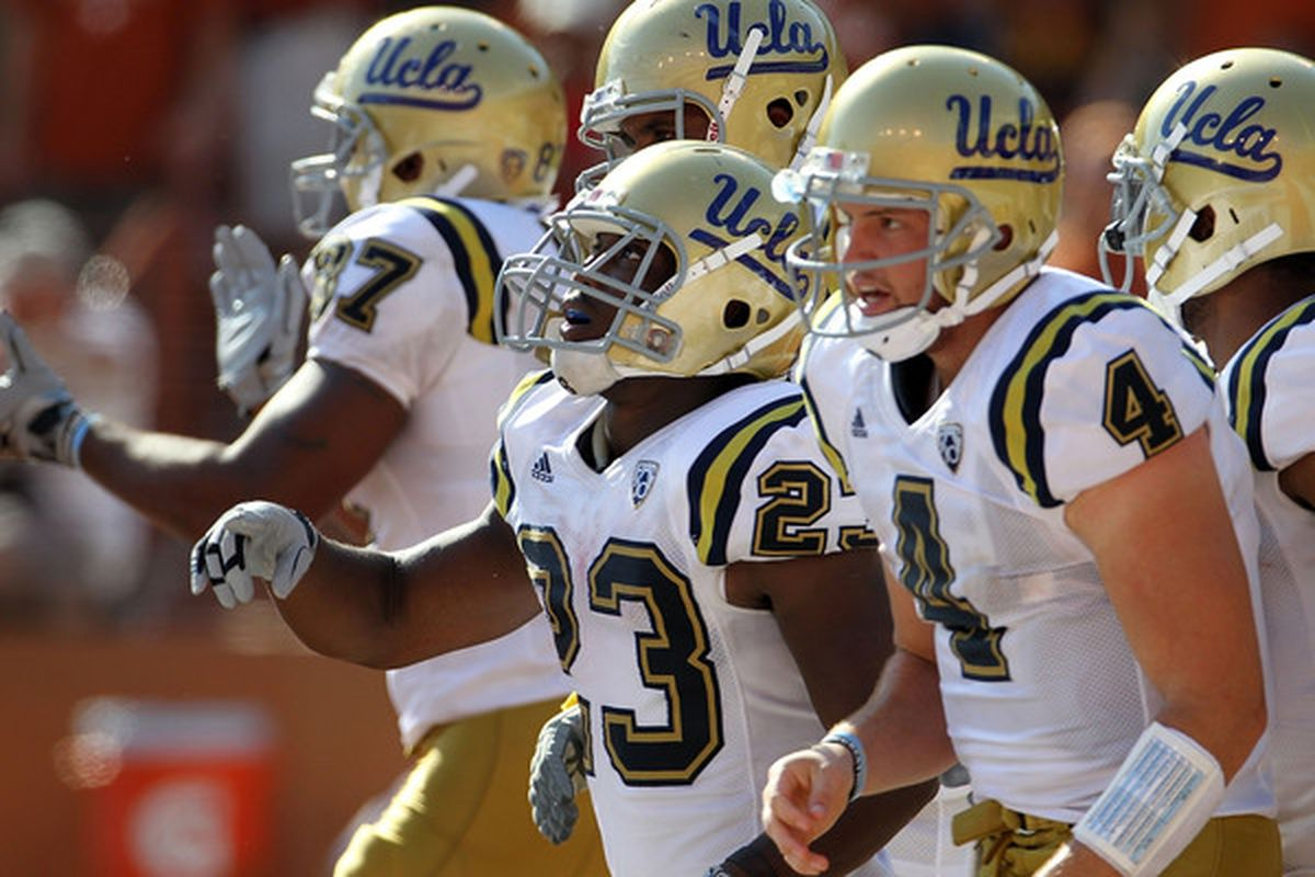 UCLA's confusing navy-blue road scheme could confuse Cal's defense on Saturday into thinking they're performing in a scrimmage.