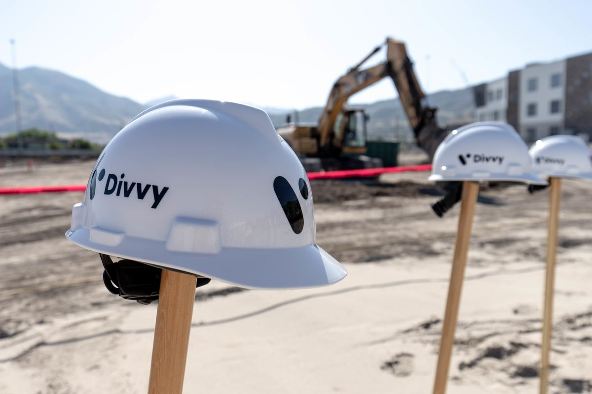 Divvy, one of Utah's fastest growing tech firms, broke ground on a new 150,000-square-foot headquarters in Draper on Monday. The company has innovated an expense account management platform that has attracted over 3,000 clients, and some $250 million in v