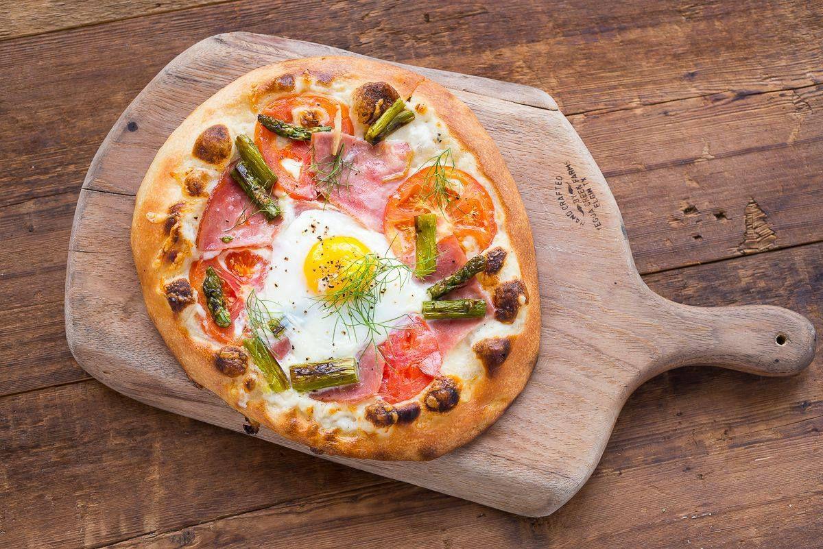 Cannon + Belle's breakfast pizza