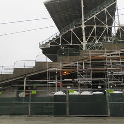 Another look at LF corner scaffolding