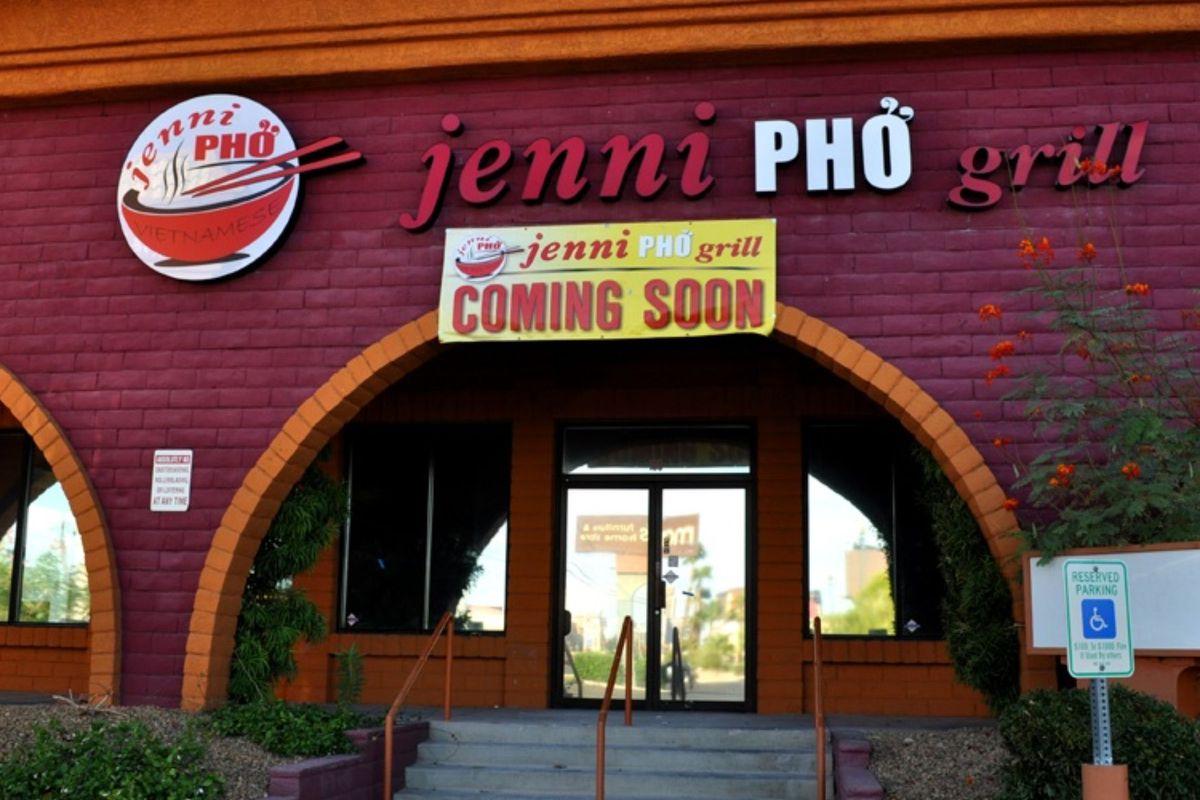 Jenni Pho