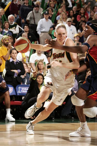 WNBA Finals - Connecticut Sun at Seattle Storm - Game 3