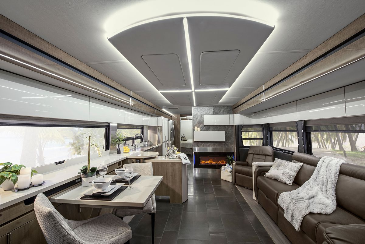 Winnebago\'s Horizon: the best RV of the year? - Curbed