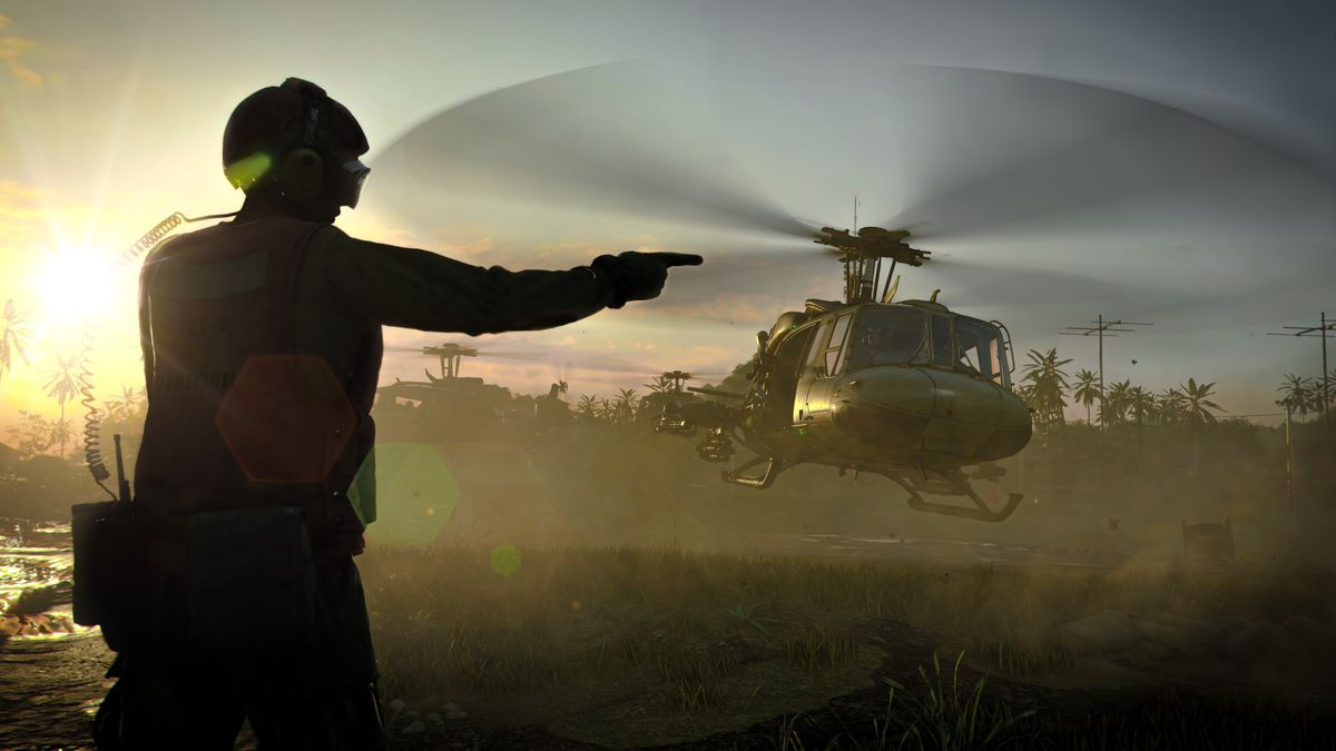 A military helicopter prepares for landing in Black Ops Cold War