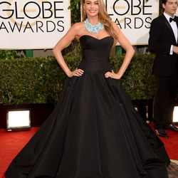 Sofia Vergara in a Zac Posen gown and serious statement necklace.