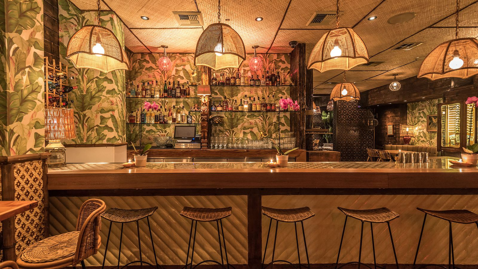 The Tiki Gods Align At Lono Hollywood S Latest Drinking Den Eater La