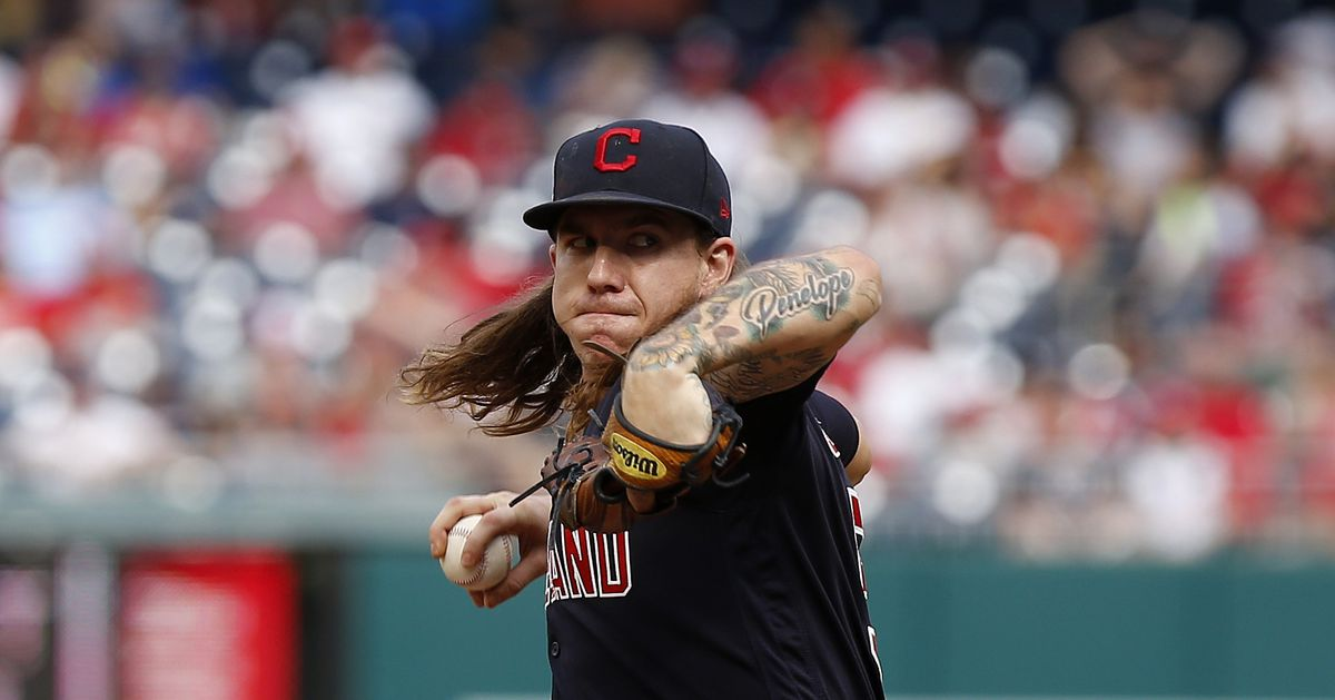 Indians' Mike Clevinger to miss 6-8 weeks following knee surgery