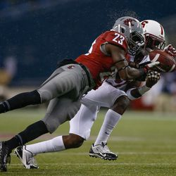 Leon Brooks fights for the ball