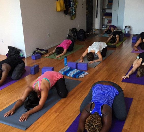 Where To Do Yoga For Cheap In Nyc Racked Ny