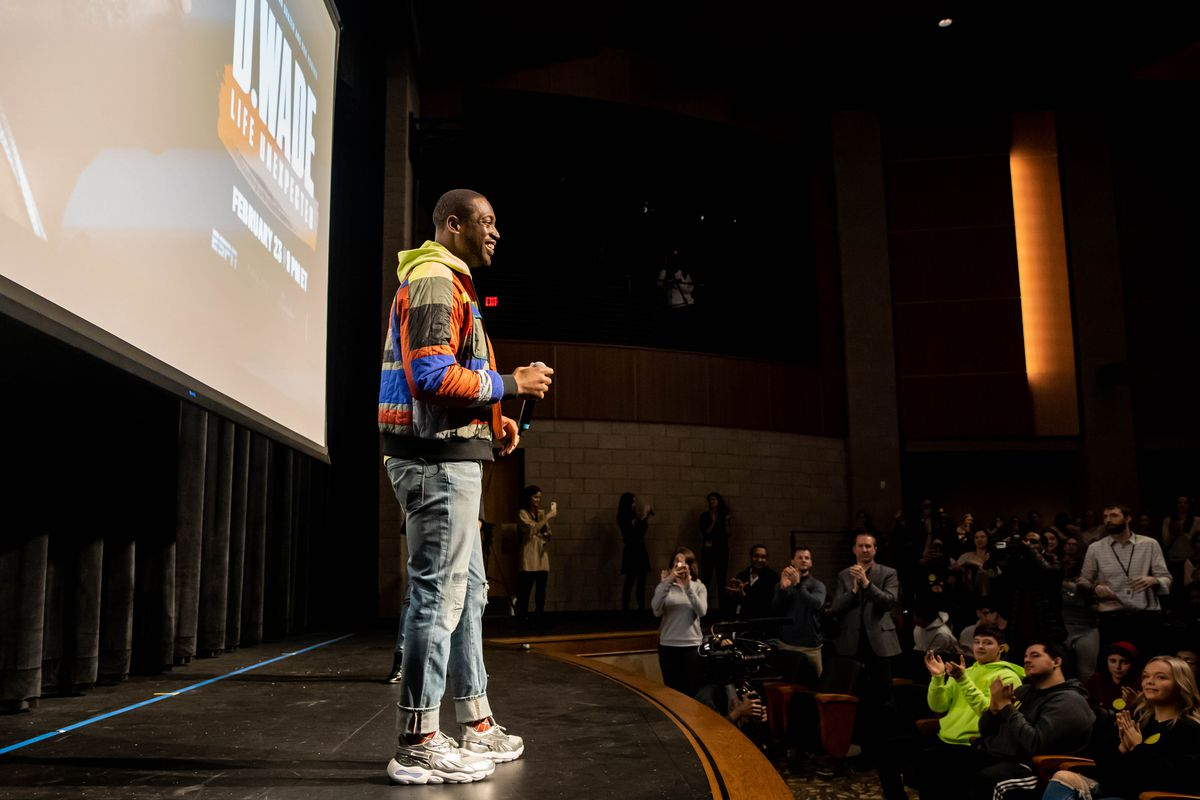 """Dwyane Wade speaks with students at his alma mater, Richards High School in Oak Lawn, about the documentary """"D. Wade: Life Unexpected."""""""