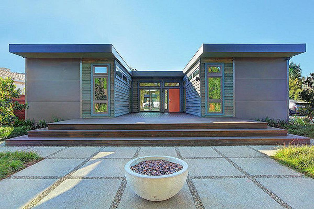 5 affordable modern prefab houses you can buy right now for Contemporary houses in dallas for sale