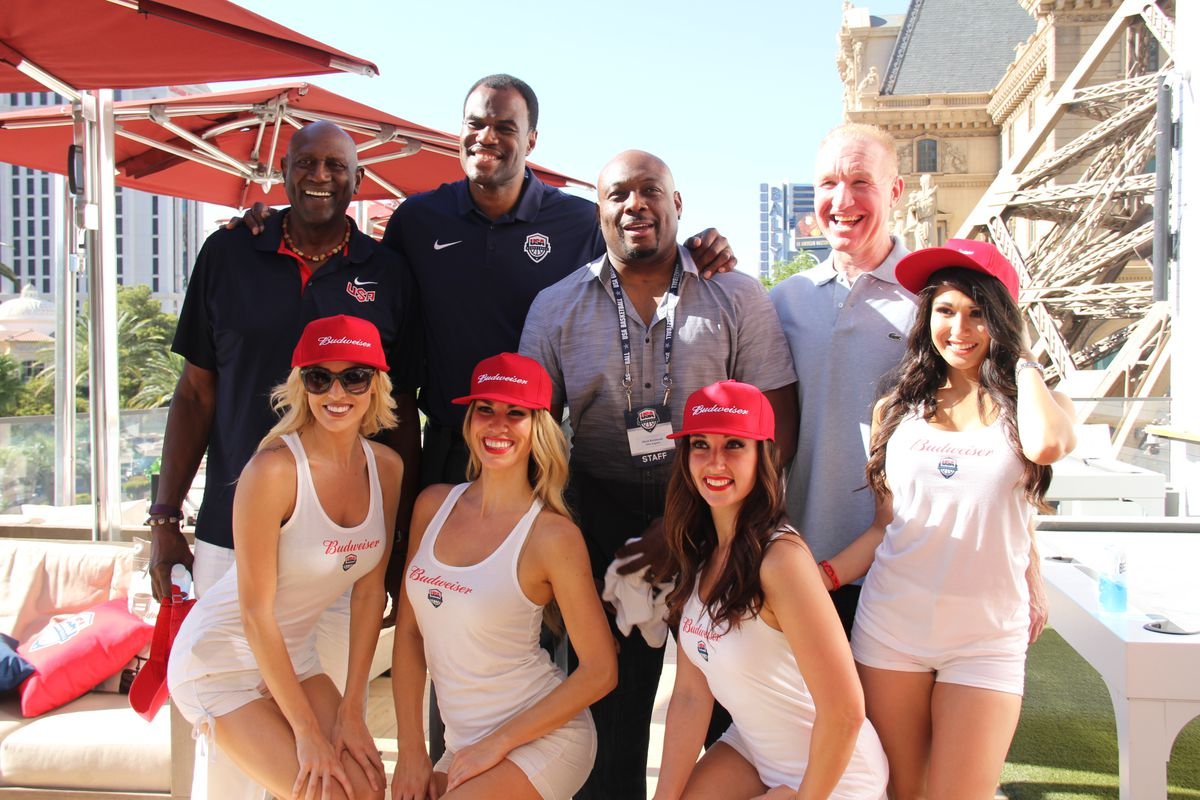 Spencer Haywood, David Robinson, Mitch Richmond and Chris Mullin pose with Budweiser models at Beer Park
