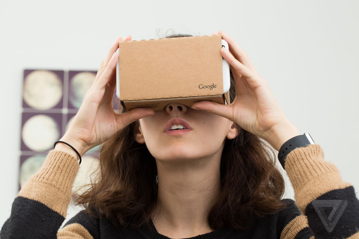 Google is working on a virtual reality version of Chrome for