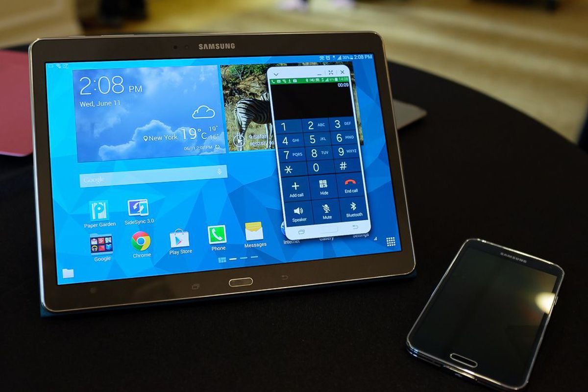 Blackberry S New Tablet Is A Samsung Galaxy Tab