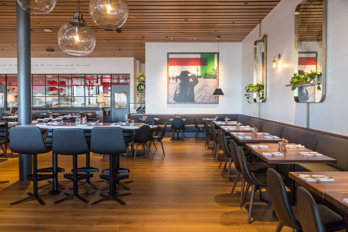 The dining room at North Italia