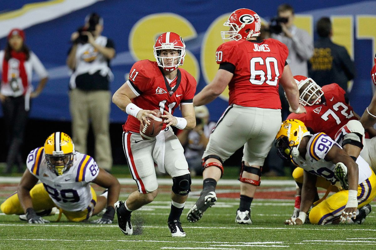 Aaron Murray, with his back to the line of scrimmage. SEC quarterbacking!