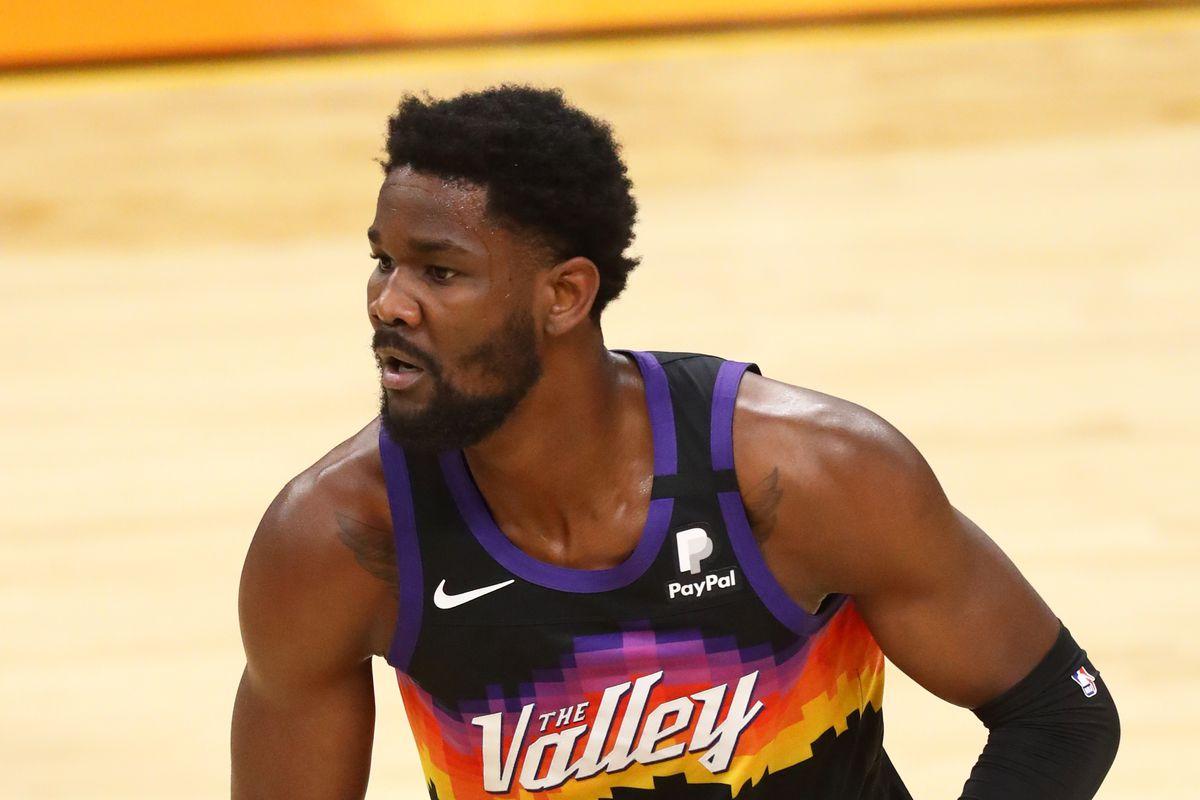 Phoenix Suns center Deandre Ayton against the Utah Jazz at Phoenix Suns Arena.