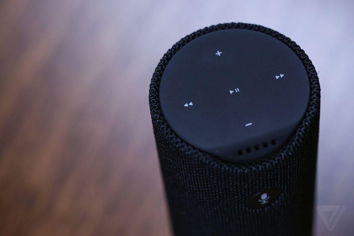 Amazon Tap hands-on photos