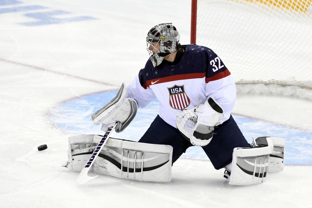 Jonathan Quick looks to lead the US to the gold-medal game.