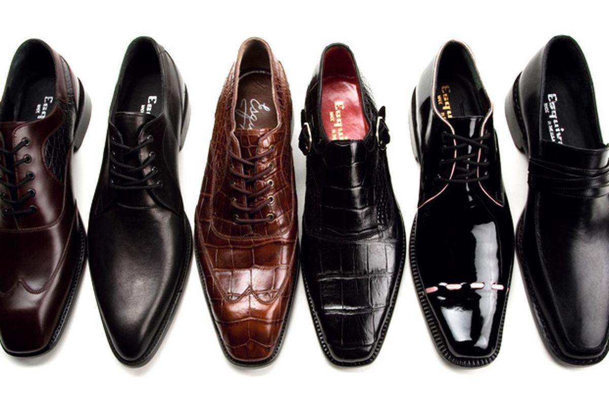 "Esquivel shoes. Photo via <a href=""http://evilmonito.com/2008/08/07/esquivel-shoes/"">Evil Monito</a>."