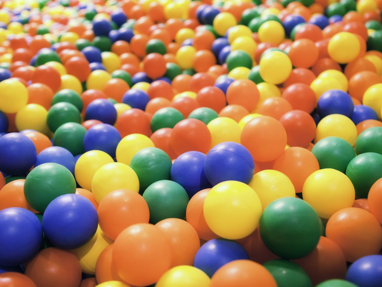 The first ball pit was opened in 1976.