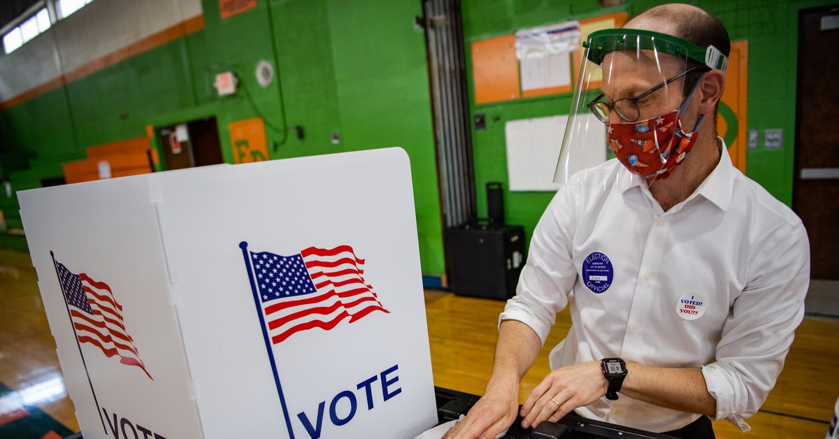 Facebook's new voter information center gives Americans fact-checked voting information